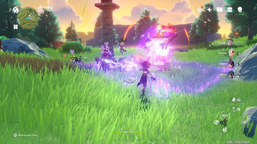 Lisa utilise son attaque Lightning Rose, qui place un objet dans l'air avec un petit rayon autour de lui. Tous les ennemis dans le rayon seront touchés par des dégâts Electro.