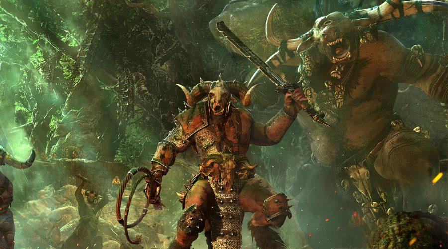 un chef des hommes-bêtes de Warhammer ralliant ses hommes